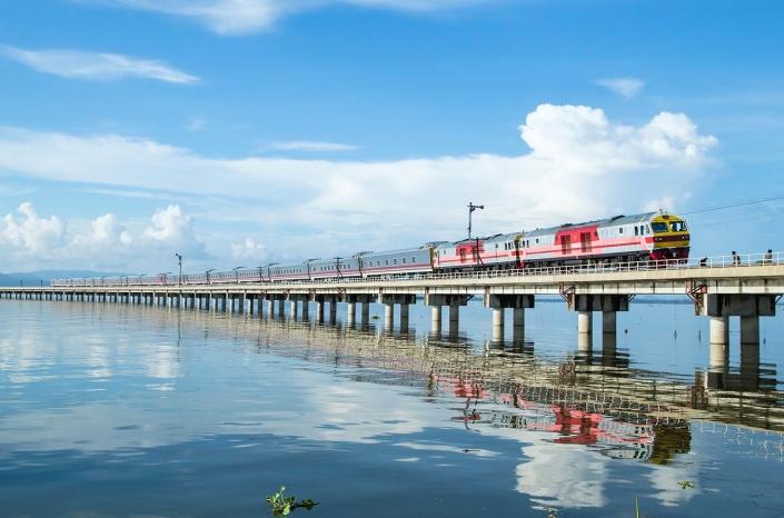 train en thailande