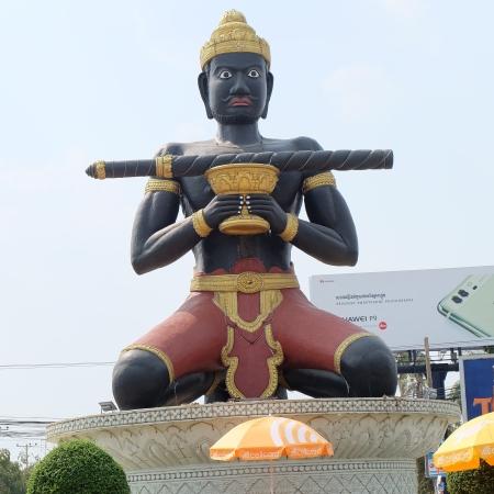 Statue du géant de Battambang
